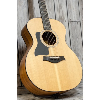 Taylor 114e Electro Acoustic Guitar Walnut/Sitka, Left Hand (2017) (199124)