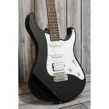 Yamaha Pacifica 012 Electric Guitar - Black (251204)