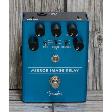 Fender Mirror Image Delay Pedal (299923)