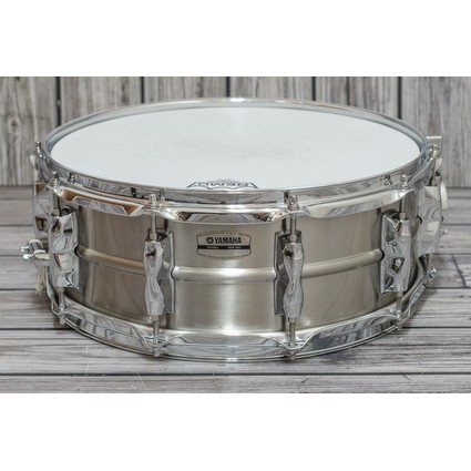 Yamaha Recording Custom 14x5.5 Stainless Steel Snare Drum (311656)