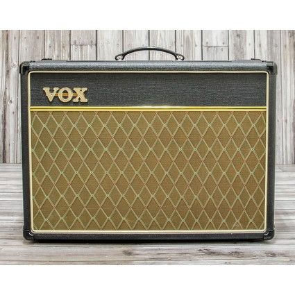 Pre Owned Vox AC15CC1 Combo With AJH Apache EF86 Preamp (311922)