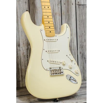 Pre Owned Fender American Standard Stratocaster Cream Maple 2007 Inc Case (317467)
