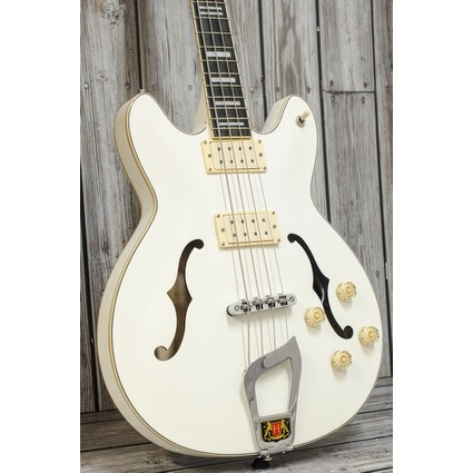 Pre Owned Hagstrom Viking Bass White Inc Case (317788)