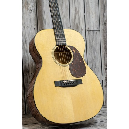 Martin 000-18 Acoustic Inc. Case (319072)