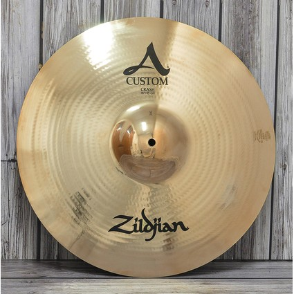 "Zildjian A Custom Crash Cymbal - 18"" Display Stock (87605)"